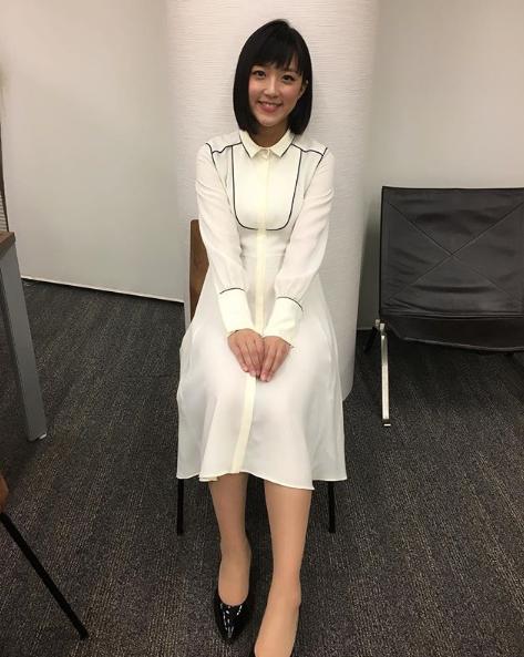 竹内由恵アナウンサー夏のファッション01
