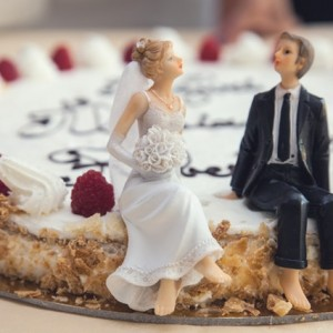 アラサー独身女性にシングルの先輩から出会いや結婚への助言とは?