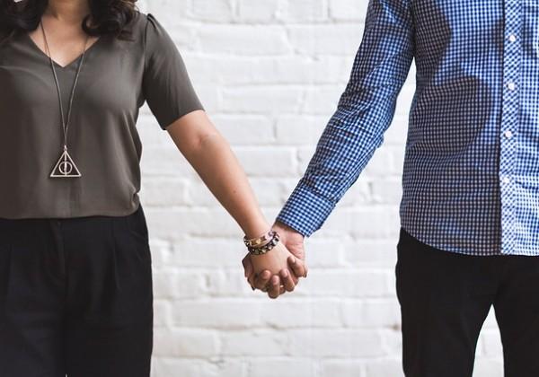 結婚しない理由ランキング、男女別調査で分かる結婚を敬遠する理由