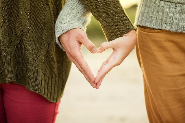 コミュ障を治したい!克服し恋愛が上手くいった人の治し方
