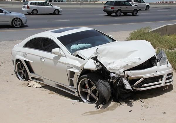 交通事故から出会いに発展