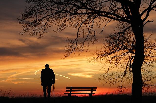 アラフォー以上の独身で幸せな人ってどんな人?独身だけど幸せな人はいるのか?