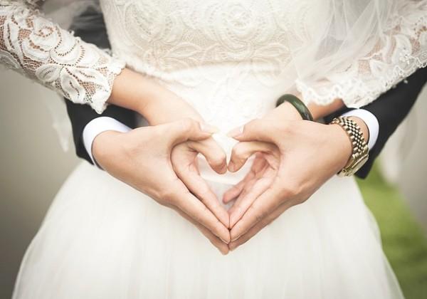 結婚願望あるも6割婚活せず 40代になると婚活しないで結婚出来る確率は悲惨